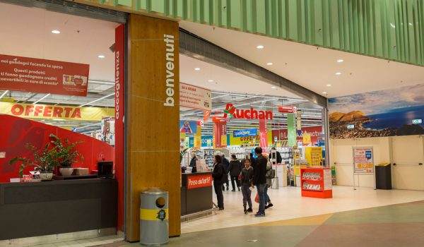 Chiude l'Auchan del Conca D'oro, Mimma Calabrò: «Non tutti i dipendenti torneranno a lavorare»