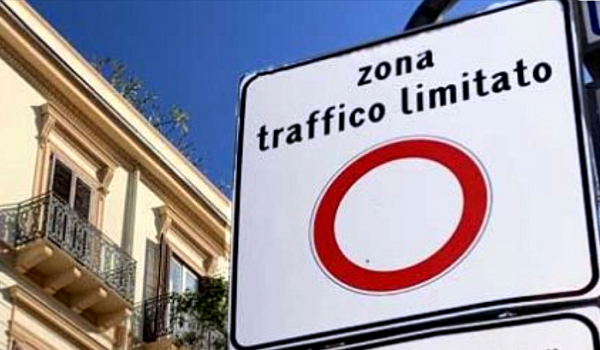 Palermo, stop ZTL notturna. «Per fermare quella diurna serve motivazione logica»