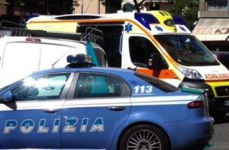 Operaio cade giù dal tetto nel tentativo di salvare un collega