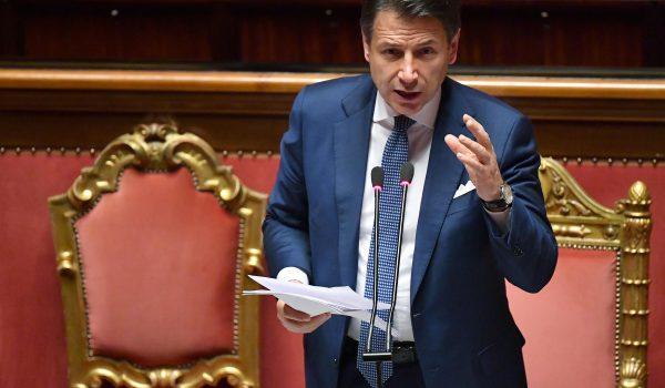 Il Governo Conte è salvo, 156 sì al Senato