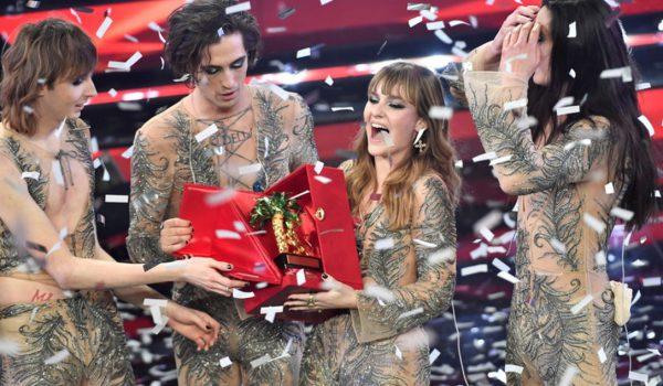 Sanremo 2021, i Maneskin trionfano sul palco dell'Ariston