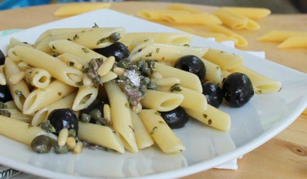 Cooking Time: insalata di pasta fredda alle olive.