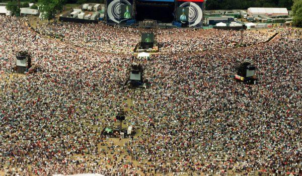 Oasis a Knebworth, in arrivo il documentario sui concerti del 1996