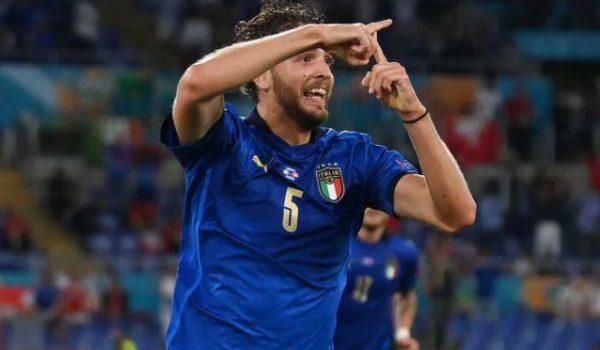 Locatelli show: l'Italia batte la Svizzera e vola agli ottavi